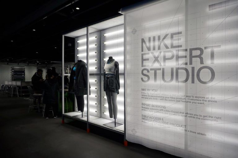 Experiential Retail is Key to Winning Customers