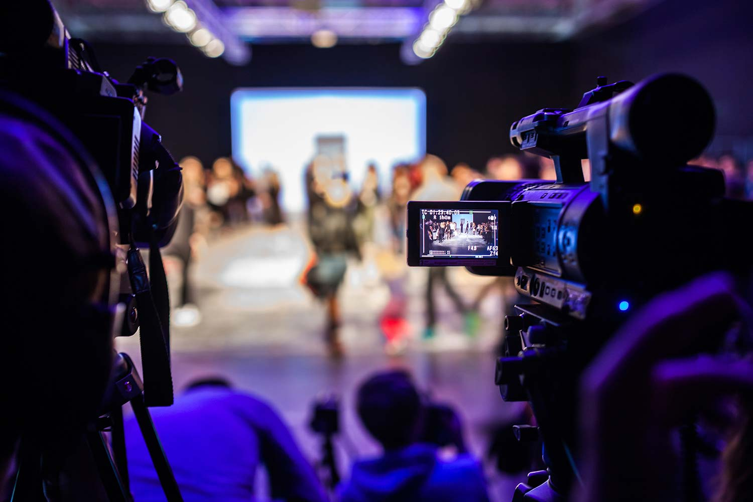 8 Considerations for Hybrid Events