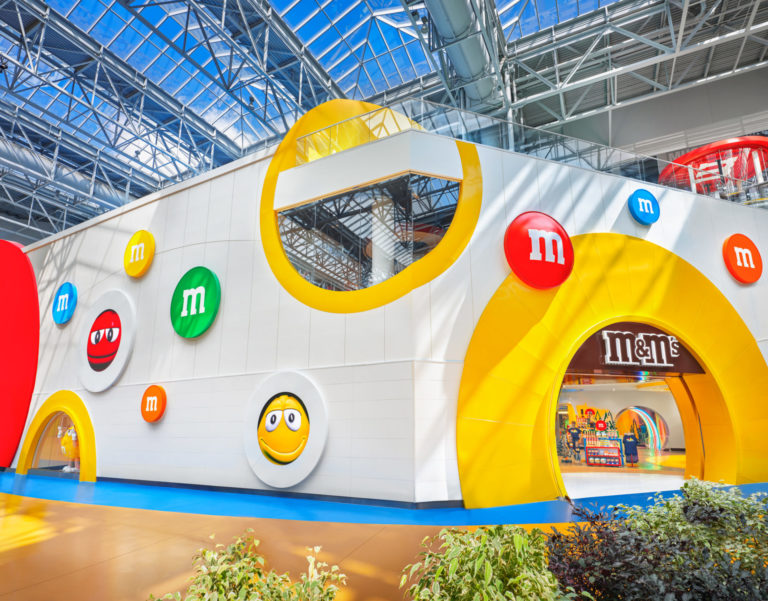 brands are counting on experiential retail